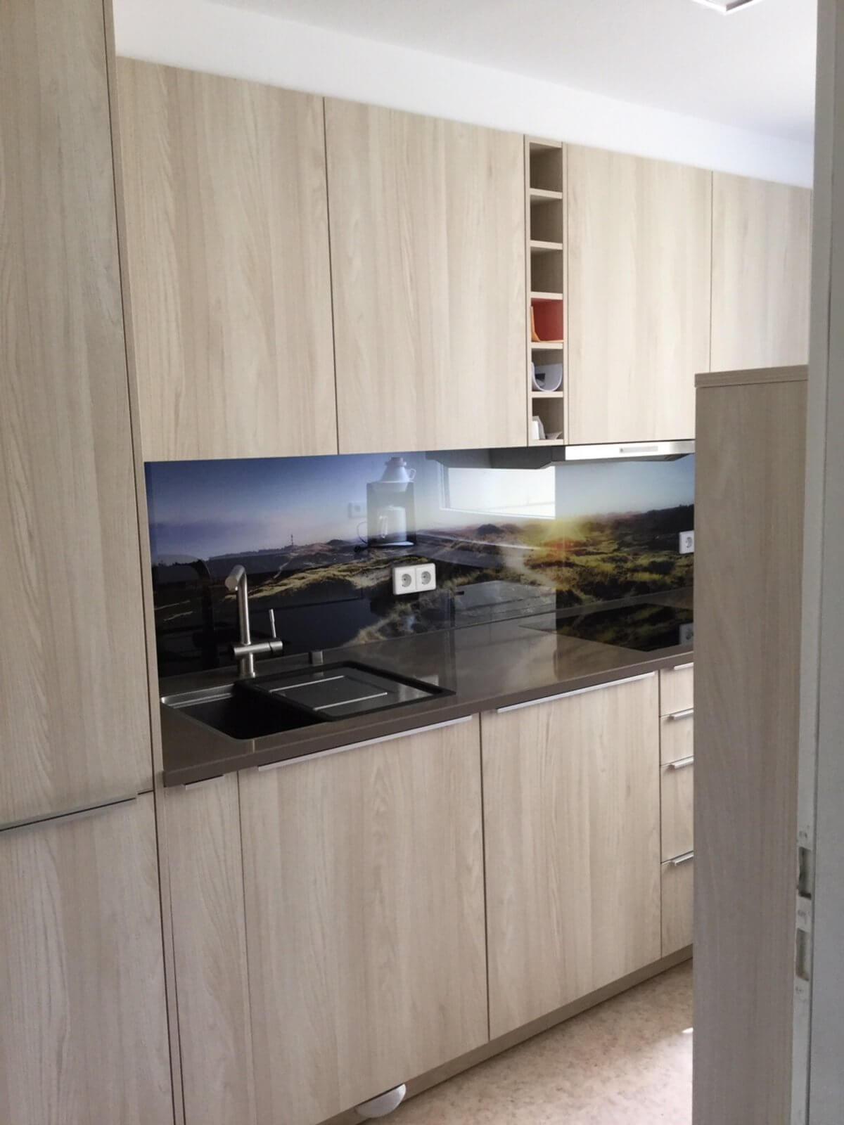 innovative k che gmbh ludwigshafen. Black Bedroom Furniture Sets. Home Design Ideas